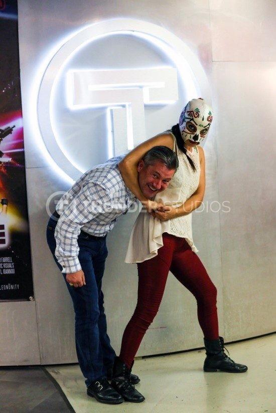 rodric david headlock Azucar women of wrestling